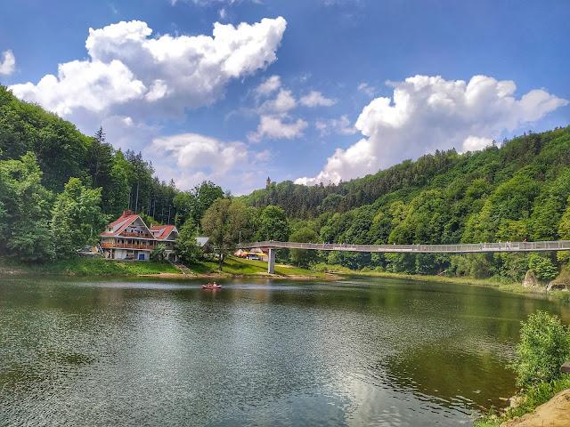 Jezioro Bystrzyckie-ośrodek wypoczynkowy w okolicy Zamku Grodno