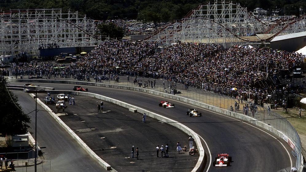 Quente, acidentado e absolutamente aterrorizante - Dallas sediou um Grande Prêmio em que Nigel Mansell desmaiou de exaustão