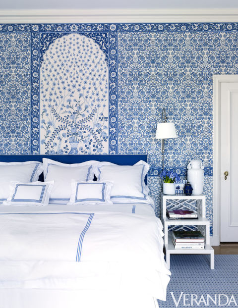 A sparkling 1920s palm beach villa the glam pad bed linens pratesi wallpaper clarence house sisterspd