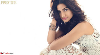 Fashion Diva Sonam Kapoor spicy pics 002.jpg