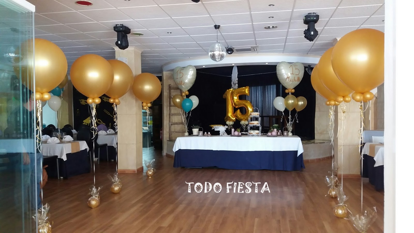 Decoraci n con globos de todo fiesta decoracion para 15 a os for Decoracion para 15 anos 2016