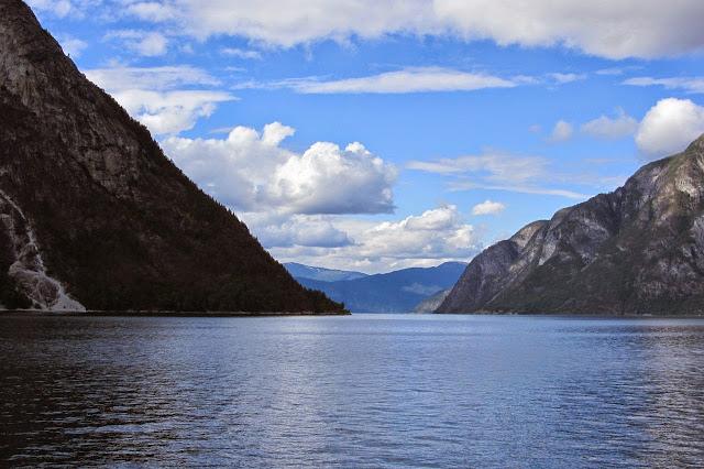 Noorwegen Flam Naeroyfjord