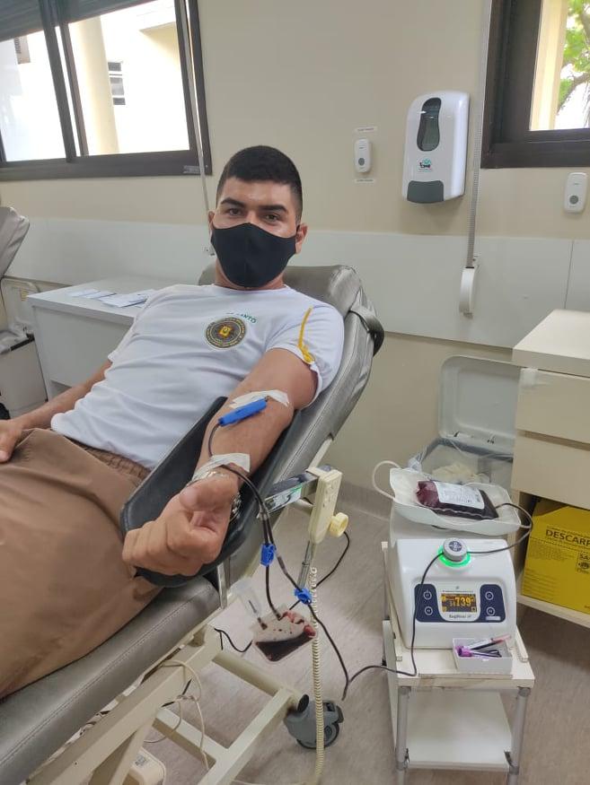 Brigadianos do 17º BPM de Gravataí realizam doação de sangue