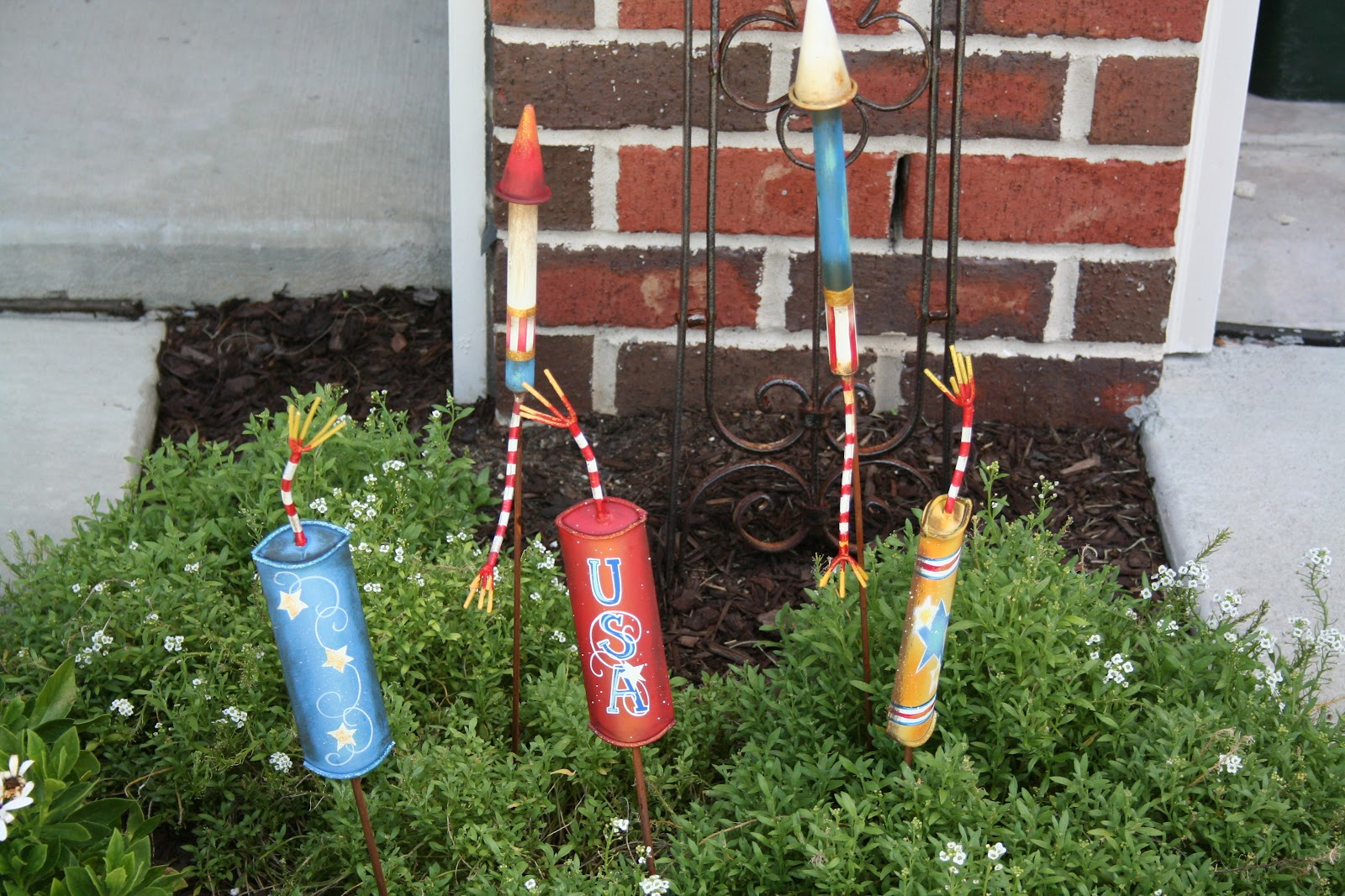 The Lowcountry Lady: Planning for 4th of July decorating