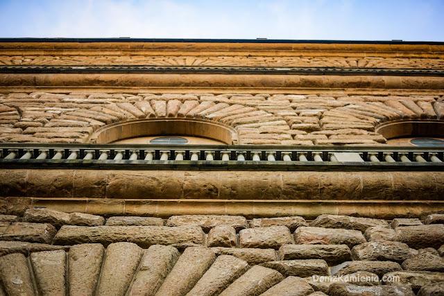 Dom z Kamienia zwiedzanie Florencji