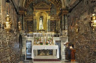 Le pareti della Santa Casa di Nazareth a Loreto
