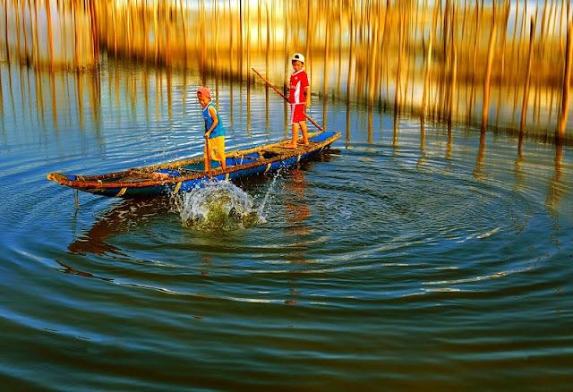 Enjoy outdoor lagoon in Vietnam 4