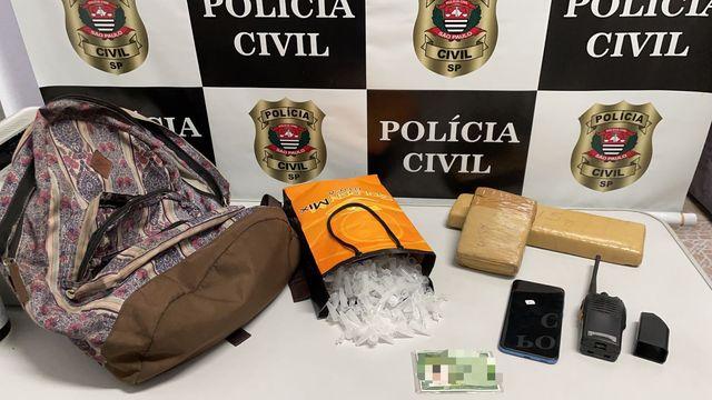 Polícia Civil prende homem que utilizava veículo roubado para transportar drogas em Cubatão
