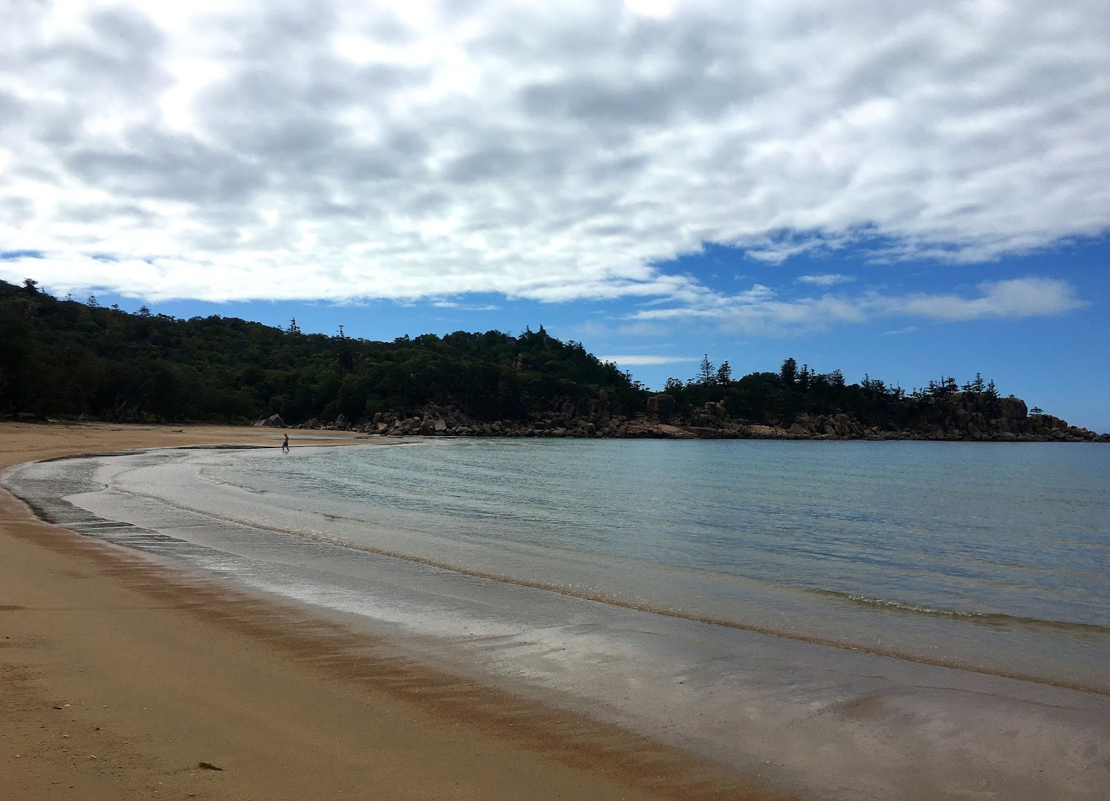 A tropical paradise in North Queensland called Magnetic Island is waiting for you to enjoy all it has to offer. Scuba diving and Full Moon parties are just the tip of the iceberg. Read more from the article.