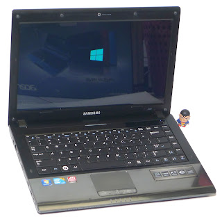 Laptop Second Samsung R440 Core i3