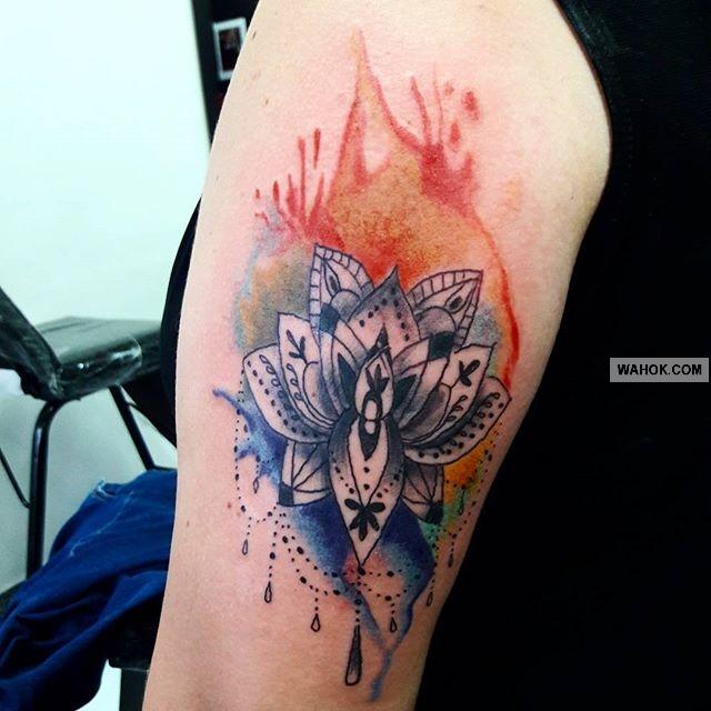 63 Gambar Tattoo Keren Di Tangan, Punggung Menakjubkan