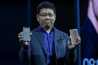 ريتشارد يو من هواوي يقود السحابة والذكاء الاصطناعي