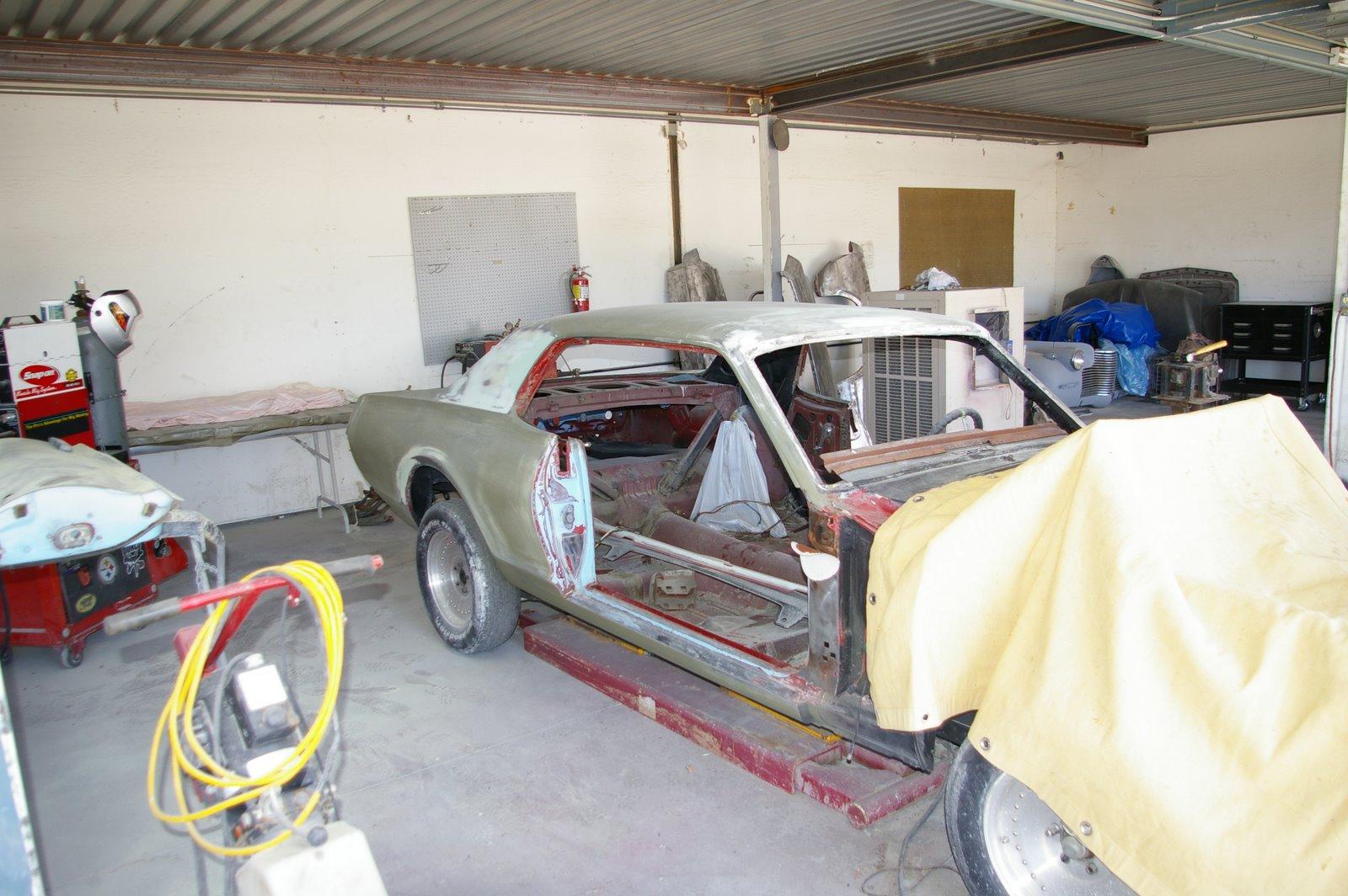 on 2002 Mercury Cougar Sport Interior