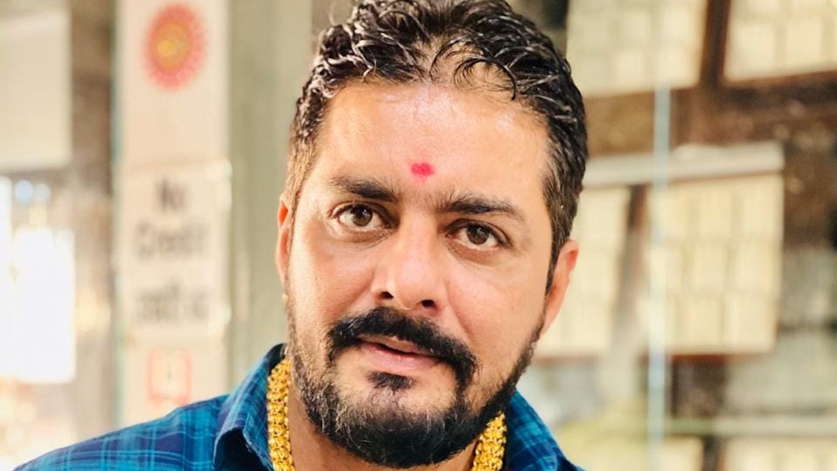 Hindustani Bhau Handsome Look