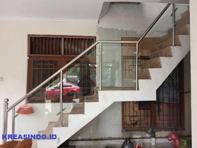 Mau Buat Raiing Bakon Kaca Stainess? Inidia Jasa Railing Tangga dan Balkon Stainless Kaca di Jakarta