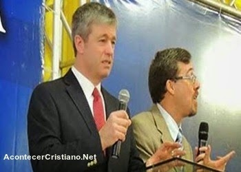 Paul Washer enseñando acerca del pecado en conferencia