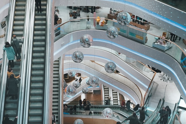 Here's How Shoppers Will Experience Retail in the Next 10 Years