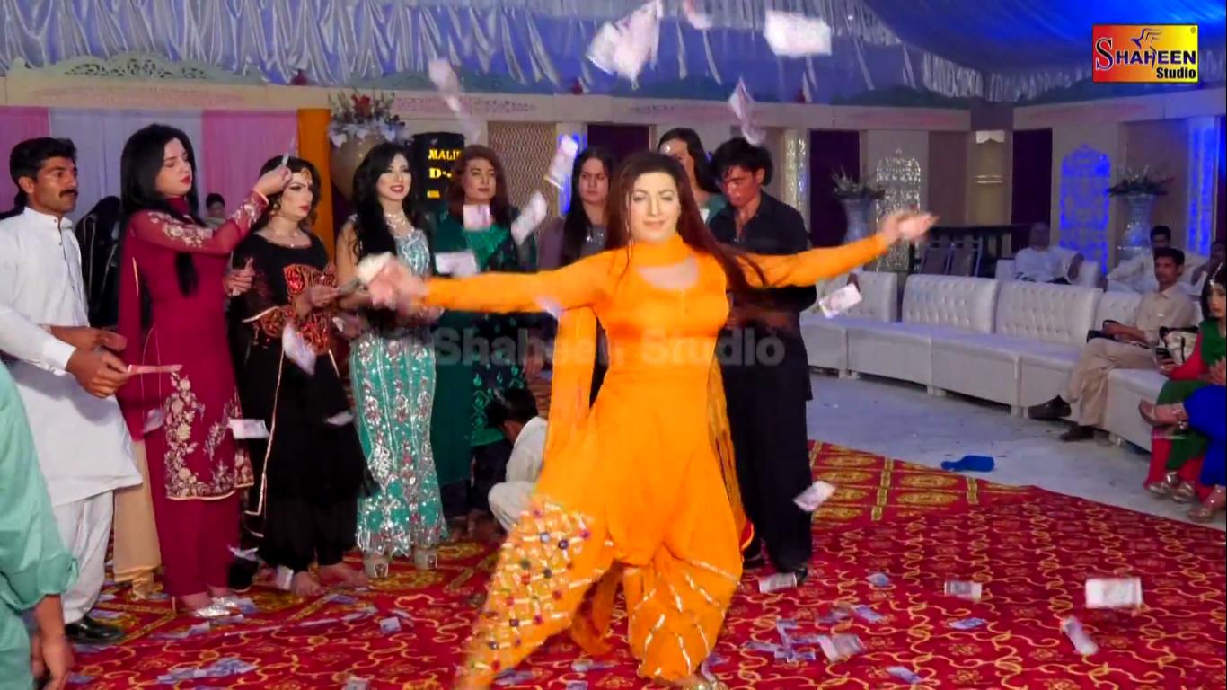 Mehak Malik and Sheen Jaan New Mujra hd video in Sargoda