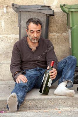sarhoş adam - EleştirmenAdam