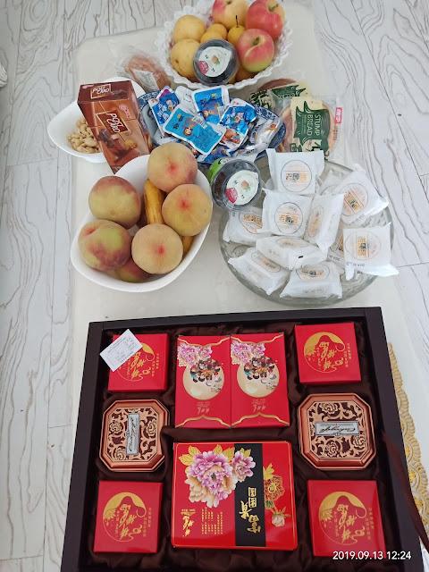 5 snacks you should have on your desk