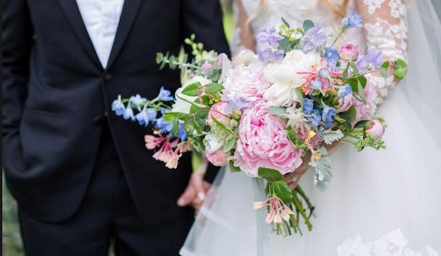 Wedding Flower Arrangement: How to Find the Best One? – Little Flower Hut