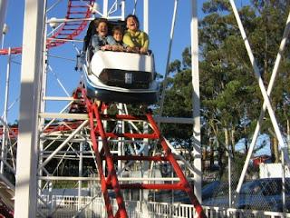 dica de lazer com crianças - parque de diversão com montanha russa