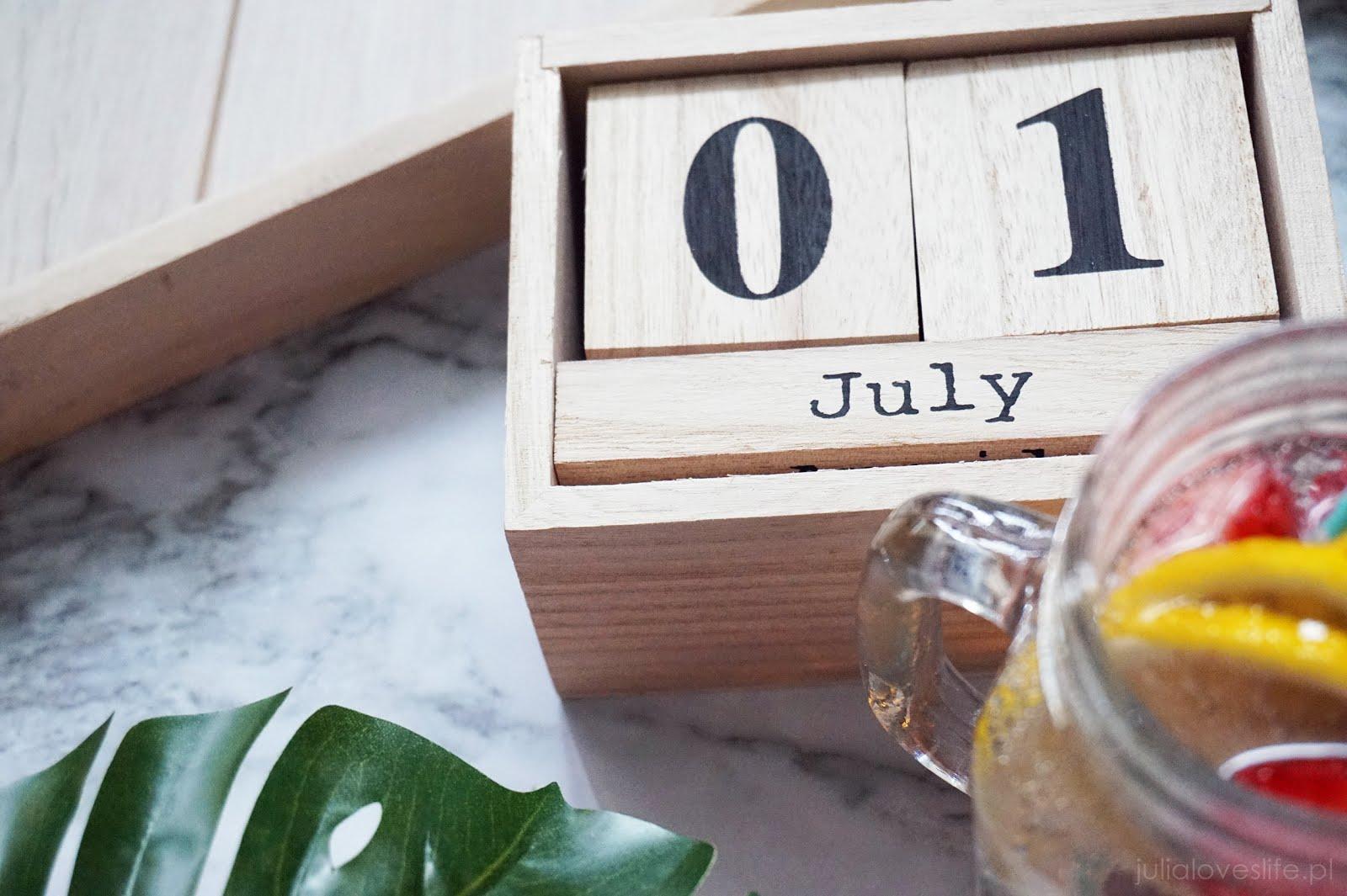 kalendarz dekoracje