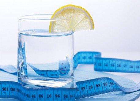 خفف وزنك بإستعمال الماء .