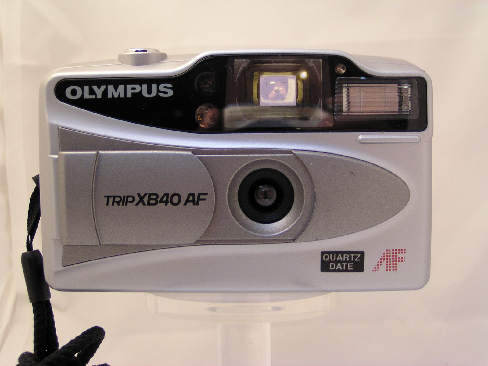 Random Camera Blog: Point and Shoot Review - Olympus Trip ...