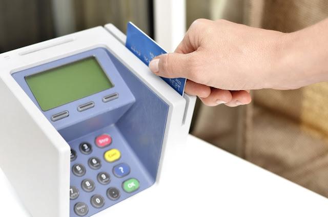 EMI के माध्यम से क्रेडिट कार्ड (Credit Card) बिलों के भुगतान के लिए चार्ज