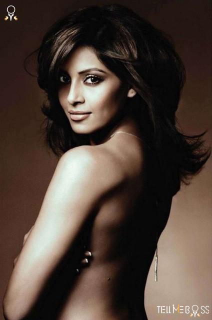 Actress Picture Gallery Bipasha Basu Hot Photos-8371