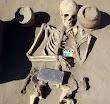 ২ হাজার ১৩৭ বছরের পুরোনো কবরে 'স্মার্টফোন'
