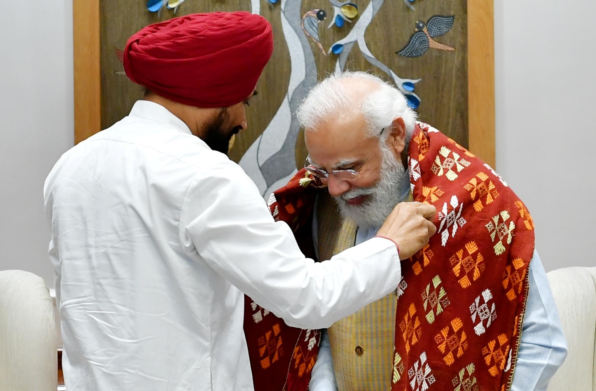 चन्नी की तरफ से प्रधानमंत्री को किसानों के साथ बातचीत फिर से शुरू करके किसानी संकट सुलझाने की अपील