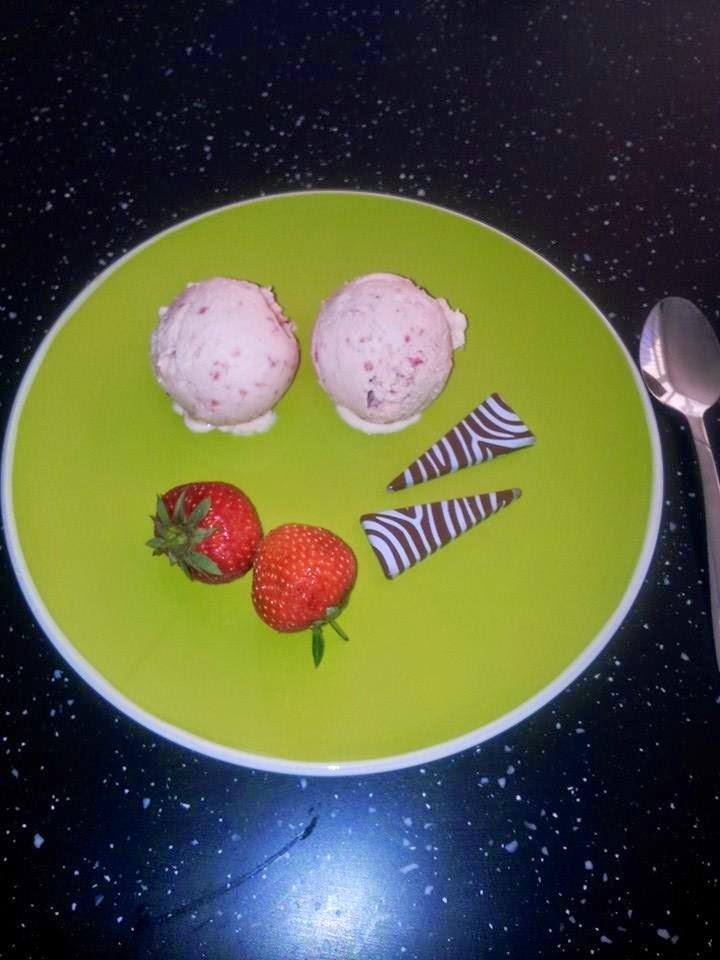My Weekend Make ..... Strawberry Icream