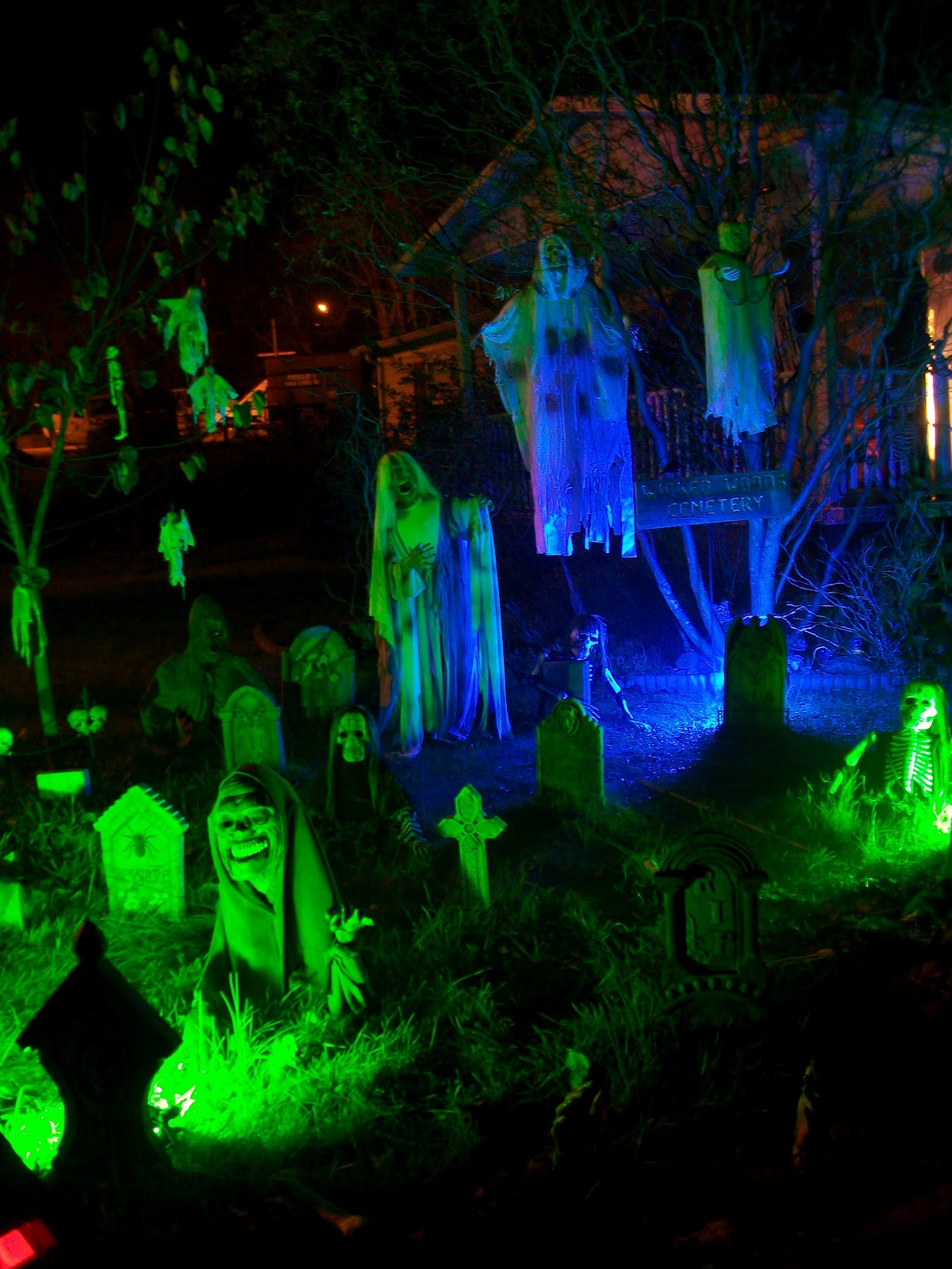 Something wicKED this way comes: A wicKED opinion on yard haunt lighting.
