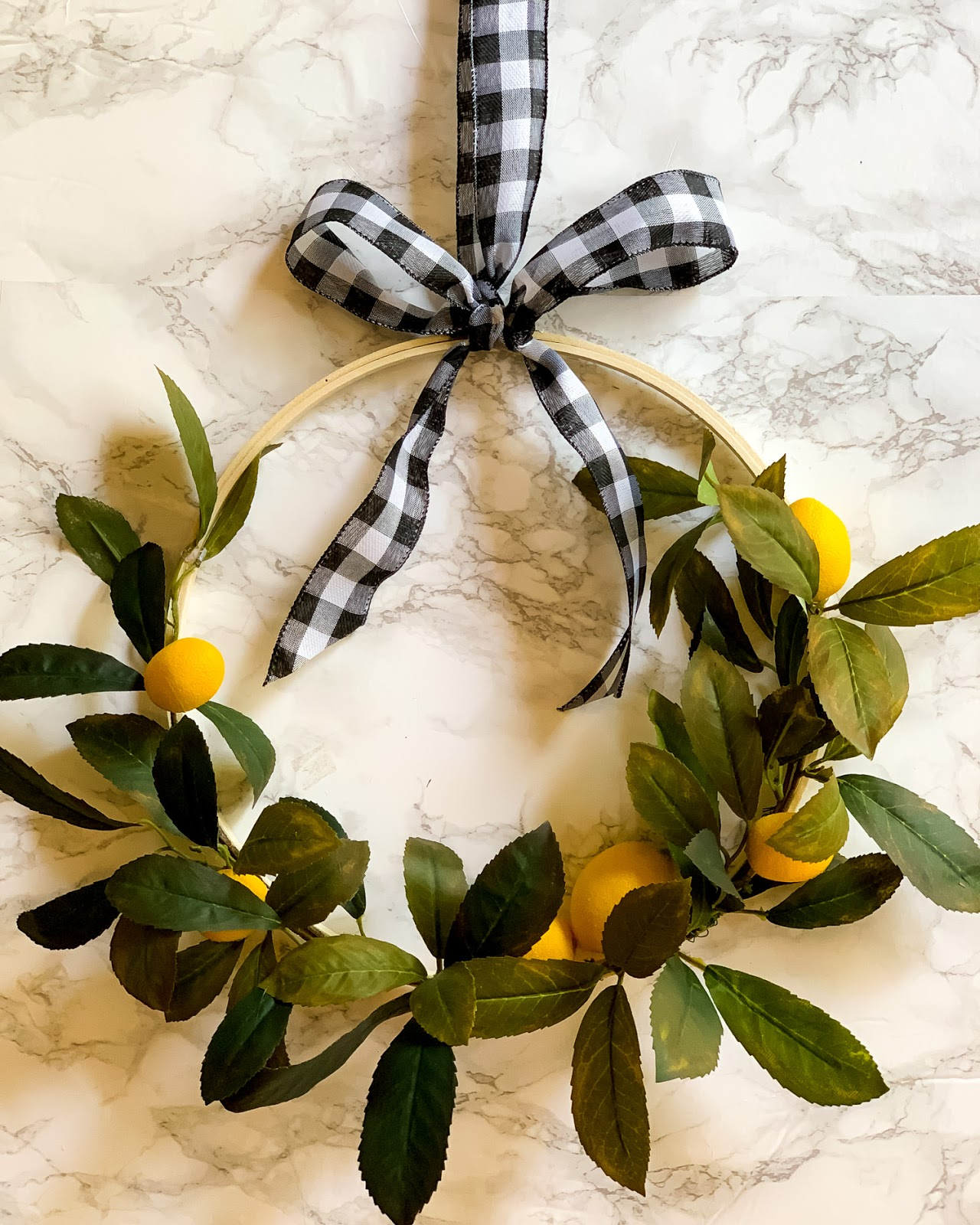 Easy Summer Lemon Hoop Wreath DIY