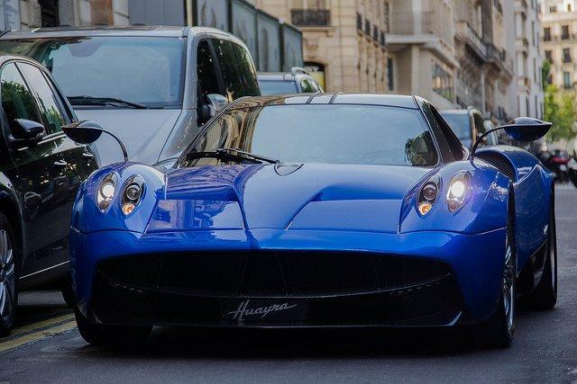 Pagani Huayra - € 1.140.000