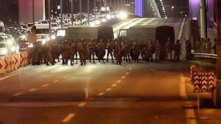 In corso colpo di stato militare in Turchia