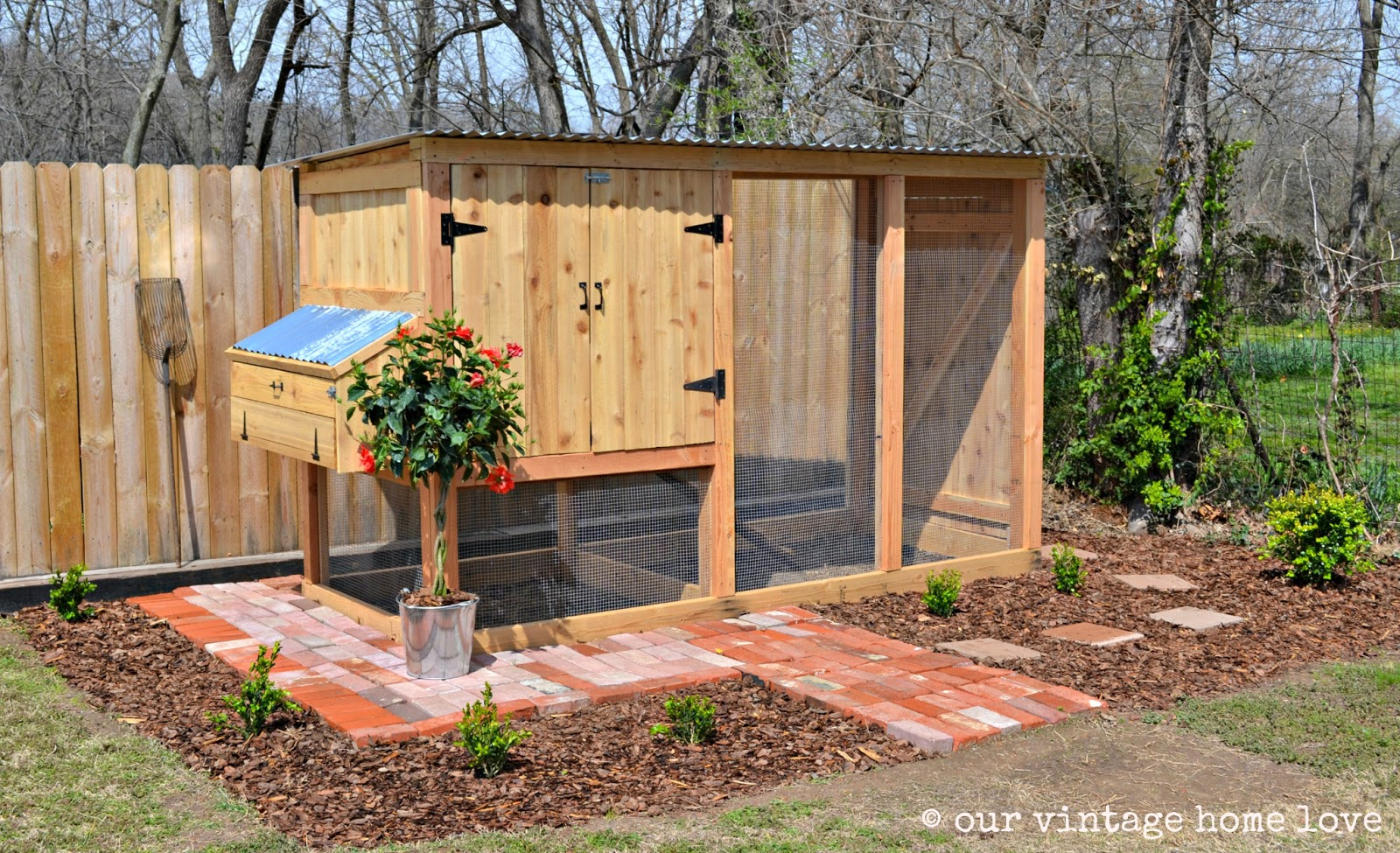 Vintage Home Love: Our New Coop