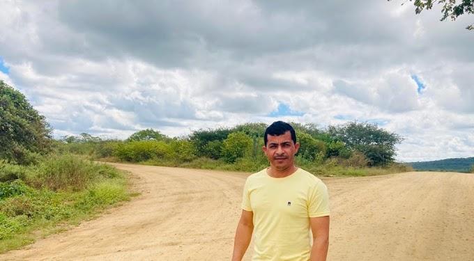 Vereador Duda Barnabé solicita pavimentação asfáltica da PB que liga Amparo a Sumé e anuncia apoio à reeleição de João Azevêdo