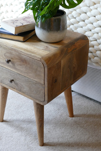 AnisHomes365 review, AnisHomes365 blog review, AnisHomes365 reviews, AnisHomes365 aisy, AnisHomes365 furniture,  Scandinavian Style Bedside Table Nordic, industrial furniture uk