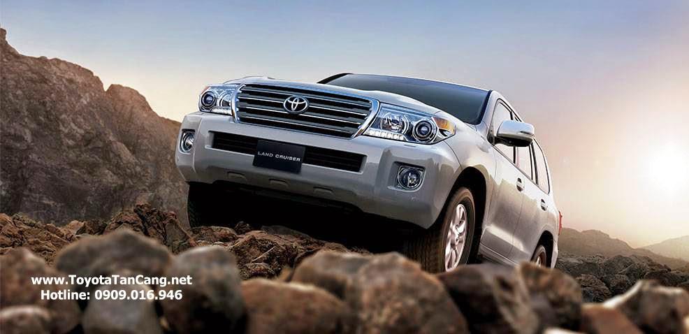 Toyota Land Cruiser là một trong những dòng xe ưu thích của doanh nhân thành đạt