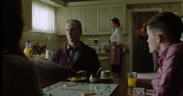 Juegan al monopoly y toman un típico desayuno americano