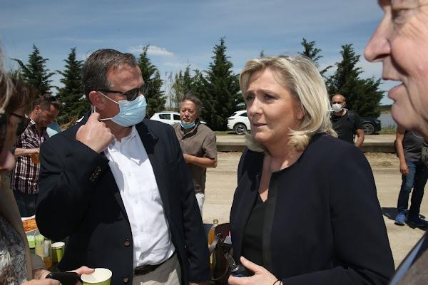 """Marine Le Pen dénonce le """"procès en sorcellerie"""" dont est victime le RN"""