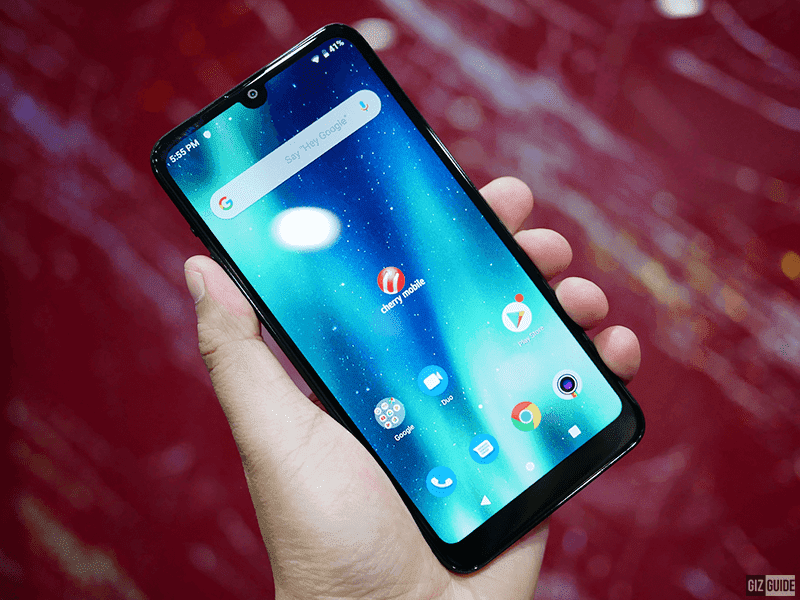 Screen with tiny notch