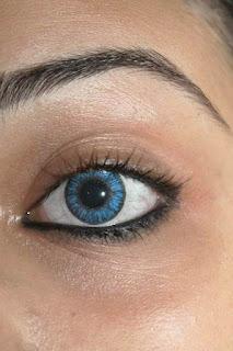 Dampak Buruk Yang Disebabkan Lensa Kontak Bagi Mata