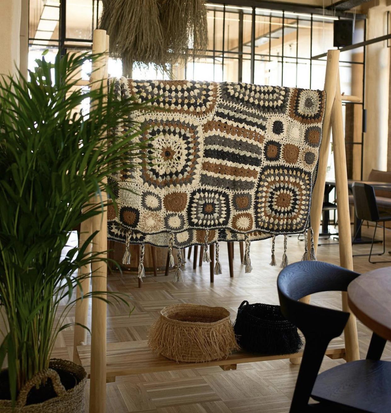 Weekday Wanderlust | Restaurant: Pot Stories, Romania