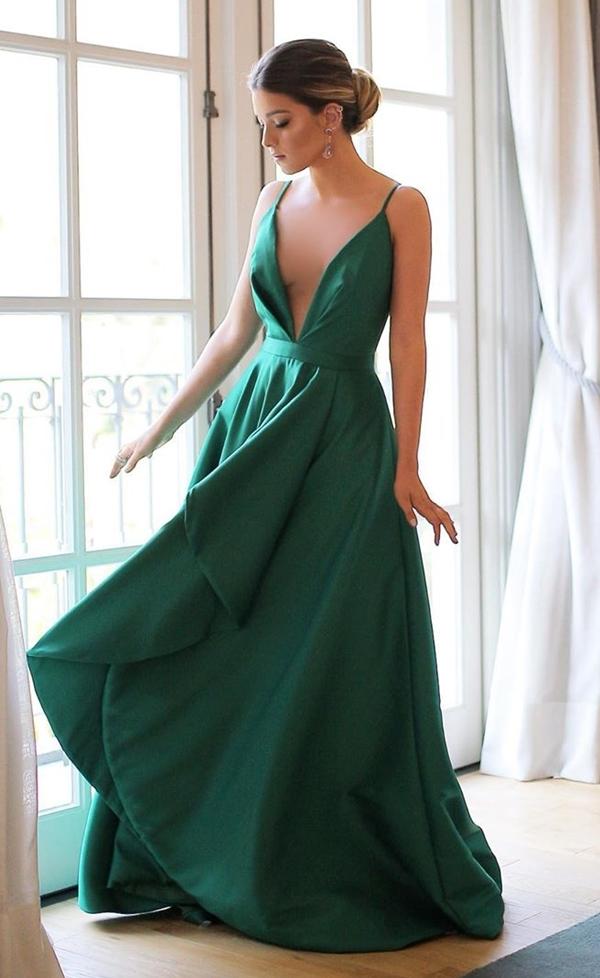 vestido de festa verde alfaiataria