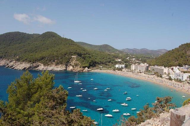 Bate e volta de Barcelona a Ibiza