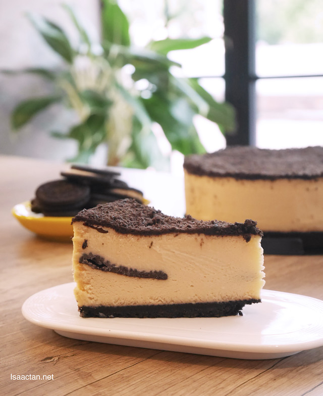 The Modern Duke's Pudding (Fully-baked Oreo Cheesecake) - Whole Cake (RM99)